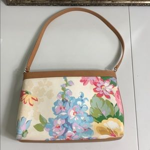 Fossil shoulder bag perfect for spring and summer